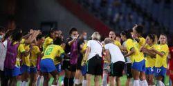 Eliminação em Tóquio pode marcar o fim da geração de Marta e Formiga na seleção